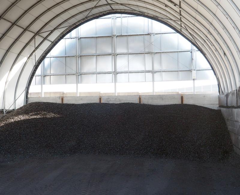 Składowanie opału w hali tunelowej to ekonomiczne rozwiązanie